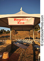 Reptile Zoo tent booth at faire is empty - An empty tent...