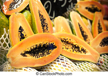 Fresh papayas - Many fresh papayas at the market