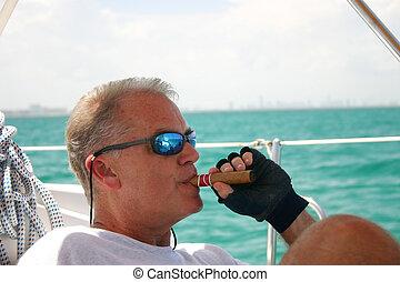 Sailboat, envelhecido, homem, meio