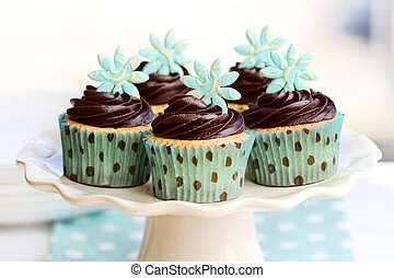 Chocolate cupcakes - Cakestand with chocolate cupcakes
