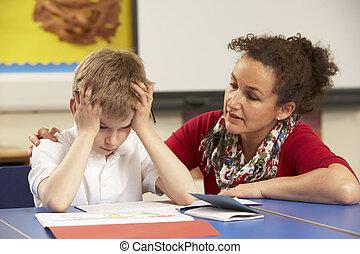 enfatizado, colegial, estudiar, en, aula, con, profesor