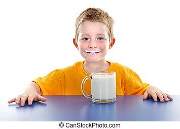 sonriente, niño, leche, bigote