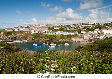 port isaac in cornwall view