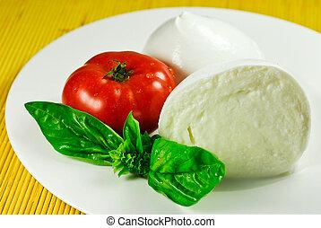mozzarella e pomodoro - piatto di mozzarella e pomodoro