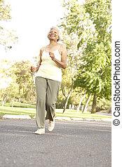 シニア, 女, 公園, ジョッギング