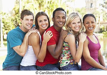 組, 年輕, 一起, 樂趣, 朋友, 有