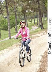 公園, シニア, 女, 自転車, 乗馬