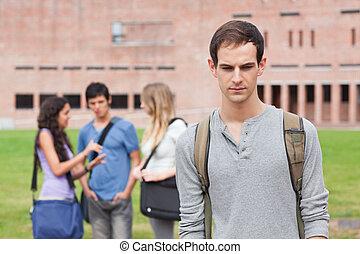 solo, Estudiante, Posar, mientras, el suyo,...