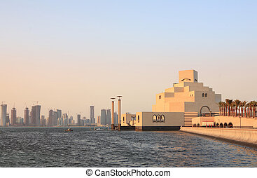 Doha museum and skylne - The Museum of Islamic Art in Doha,...