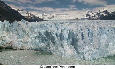 Perito Moreno glacier, El Calafate, Argentina Tripod