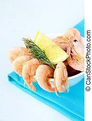Many red shrimp are ready