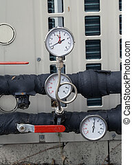 pressure gauges , manometer and pipes