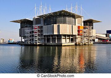 Oceanarium in Lisbon, Portugal - The Lisbon Oceanarium in...
