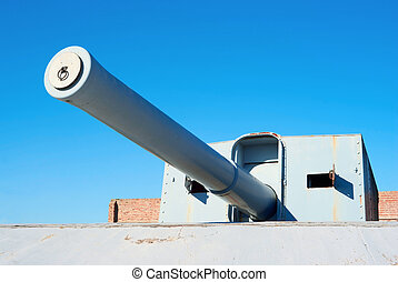Coastal battery cannon - British WWII coastal battery cannon