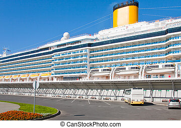 cruise liner in port - cruise liner in St. Petersburg new...
