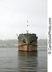 Merchant ship - Boat deteriorated, moored in the bay of...