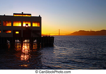 A sunset on the pier