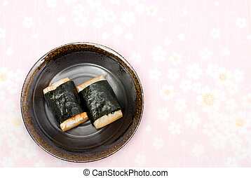 Japanese rice cakes wrapping in Sea - Grilled Japanese rice...
