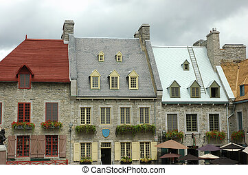 Vintage houses - Vintage row houses in old Quebec, Canada