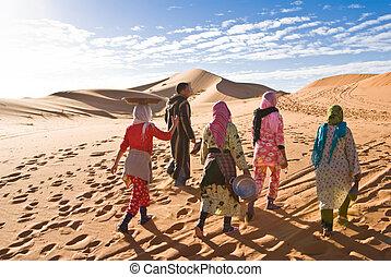 nomads in Sahara
