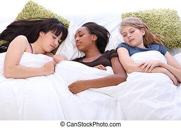 Jugendlich, Schlummer, mädels, drei, Bett, schlafend,  party