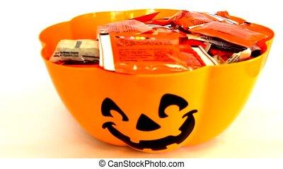 Pumpkin Bowl - Candy bowl with a pumpkin face.