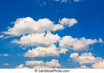 Deep blue sky in beautiful clouds