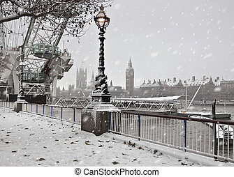 Winter  in London. Big Ben and Westminster palace
