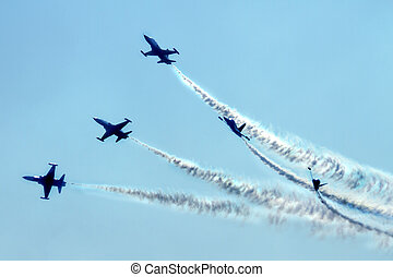 airplanes on the blue sky (very nice fly effect)