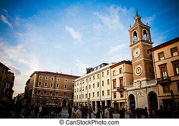 Piazza Tre Martire II - Piazza Tre Martire in Rimimi, Italy