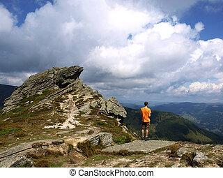 hombre, posición, borde, acantilado, Carpatian,...