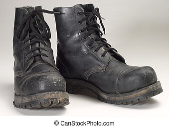 combat boots - a pair of used black combat boots