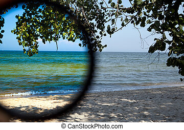 Polarization filter - Test of polarization filter on the...