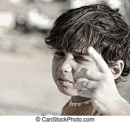 this!, pauvre, haut, responsable, aussi, doigt, enfant, vous
