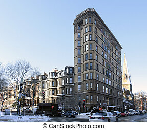 Boston street scenery at winter time - sunny scenery in...