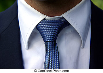Perfect tie knot - Detailed image of a perfect tie knot