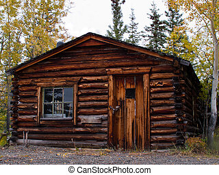 Old weathered traditional log cabin, Yukon, Canada - Old...