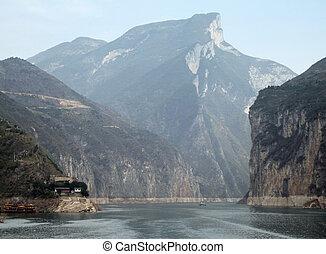 Yangtze River - waterside scenery along the Yangtze River in...