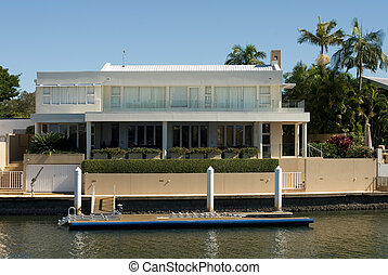 Luxury Home - A luxury home on a waterway, Surfers Paradise,...
