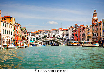 Rialto Bridge over Grand canal in Venice, Italy