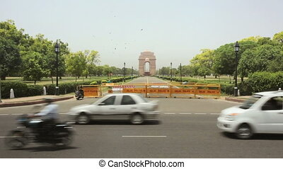 India Gate in Delhi - India Gate and traffic, Delhi, Punjab,...