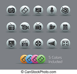 Multimedia Web Icons Pearly - The EPS file includes 5 color...