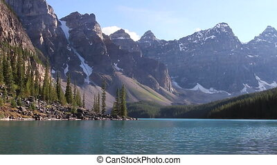 Moraine Lake Banff h 05 - Alpine lake in the Canadian...