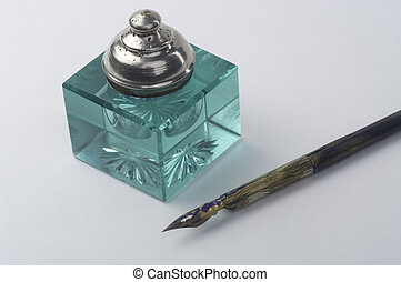 Ink pot with pen
