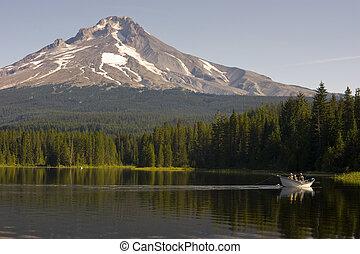 Mount Hood Trillium lake usa