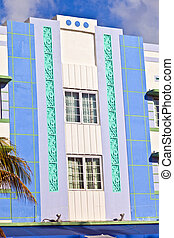 beautiful houses in Art Deco style in South Miami -...