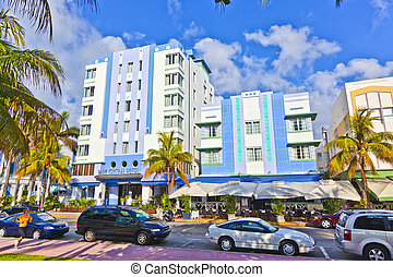 beautiful houses in Art Deco style in South Miami - MIAMI...