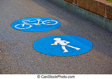 symbol for pathway and icon for pedestrians