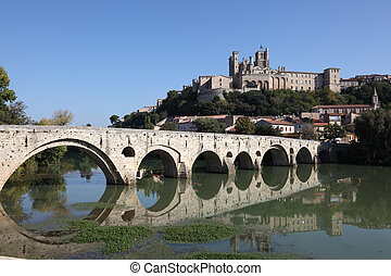 St Nazaire Cathedral and Pont Vieux in Beziers, France