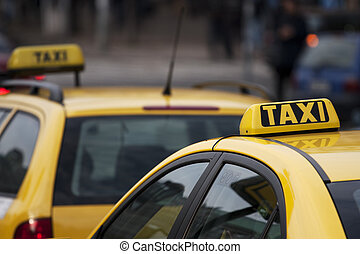 Taxi cabs in a large city
